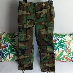 Other - Army official camouflage pants size medium